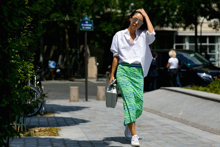 Фото №1 - Хочешь быть модной летом? Лови 11 мастхэвов сезона в честь потепления