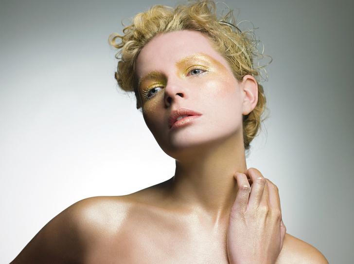 Фото №2 - «Слепые» места в макияже лица, про которые мы забываем чаще всего