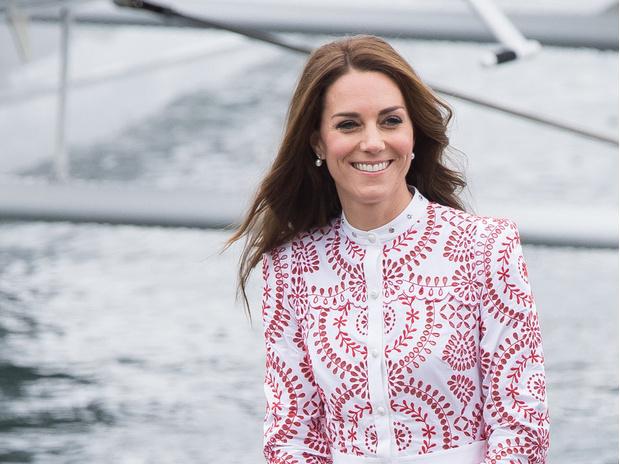 Фото №1 - Новые правила: как герцогиня Кейт изменила роль жены наследника престола