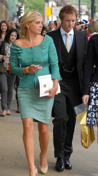 Фото №9 - Новые правила: как изменился стиль гостей на королевских свадьбах за последние 10 лет