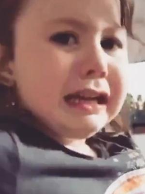 Фото №2 - Видео: девочка рыдает, узнав, что придется есть мамину еду
