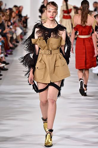 Фото №16 - По секрету: 10 неочевидных (пока) трендов Недели моды в Париже