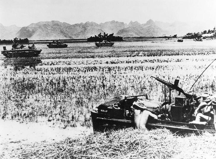 Фото №3 - «С потерей крепости придется смириться»: отрывок из книги «Вьетнам. История трагедии. 1945-1975» Макса Хейстингса
