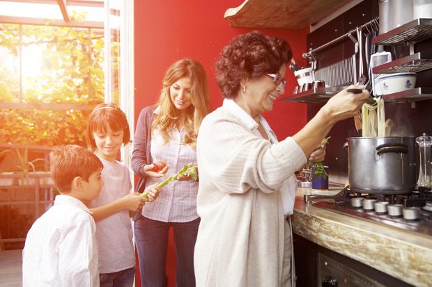 Фото №1 - «Свекровь выставила счет за то, что посидела неделю с внуками»