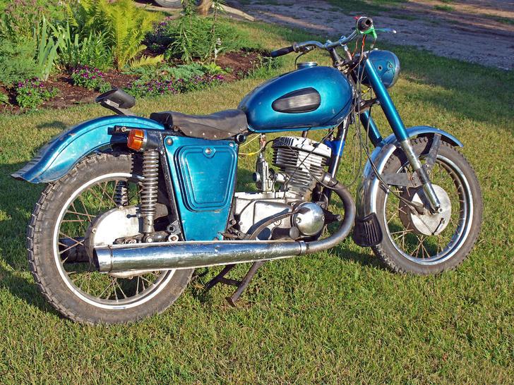 Фото №4 - Сельский шик и гоночные рекорды: история мотоциклов Иж