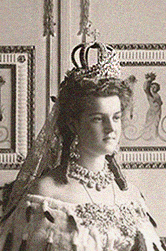 Фото №10 - Утраченные сокровища Империи: самые красивые тиары Романовых (и где они сейчас)