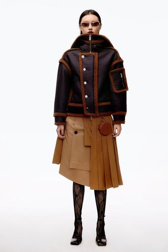 Фото №30 - Полный гид по самой модной верхней одежде на осень и зиму 2021/22