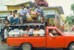 Фото №5 - Золотые пагоды Мьянмы
