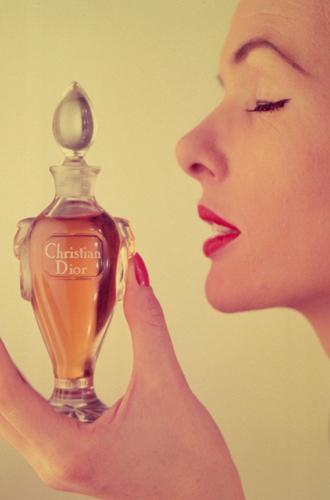 Фото №19 - Вещи-легенды: модное наследие Кристиана Диора
