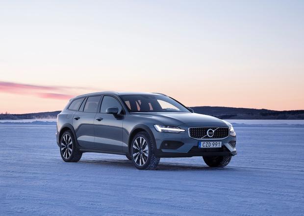 Фото №3 - Volvo V60 Cross Country: один автомобиль чтобы править всеми