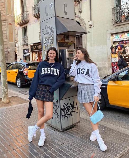 Фото №2 - Свитшоты как у студентов американских колледжей— тренд 2021