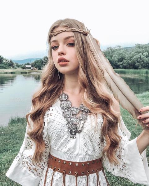 Фото №3 - 6 идей причесок для длинных волос от Кристи Крайм