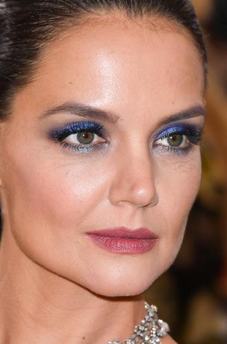 Фото №18 - Она вернулась: сине-голубая гамма в макияже глаз