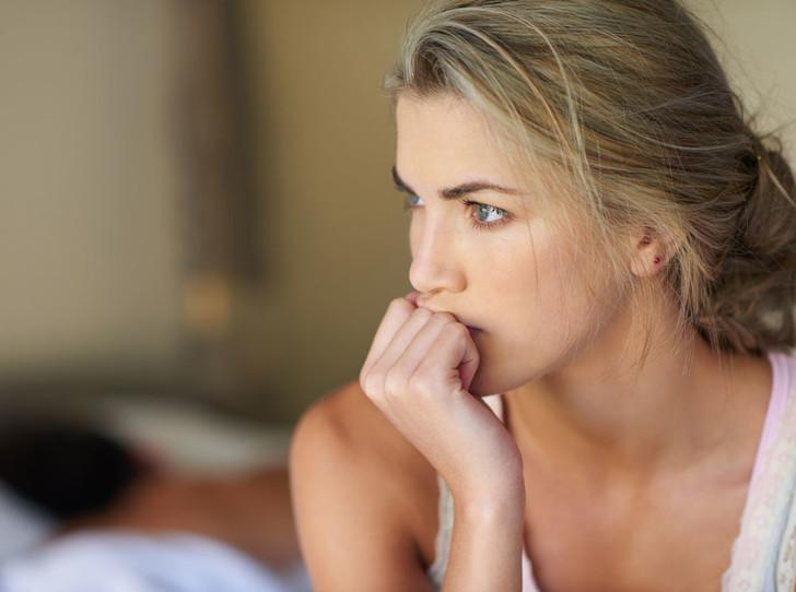 Фото №2 - Он тиран: 5 признаков того, что ваш мужчина вас «ломает»