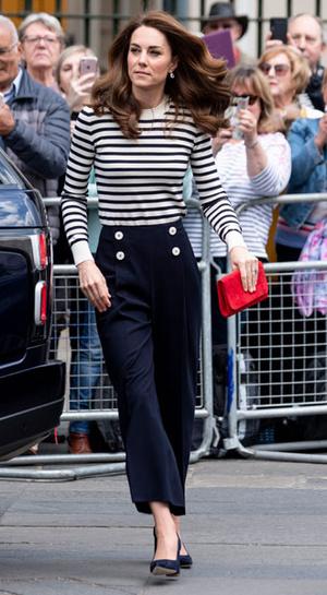 Фото №6 - Самые стильные (и неожиданные) выходы герцогини Кейт в брюках