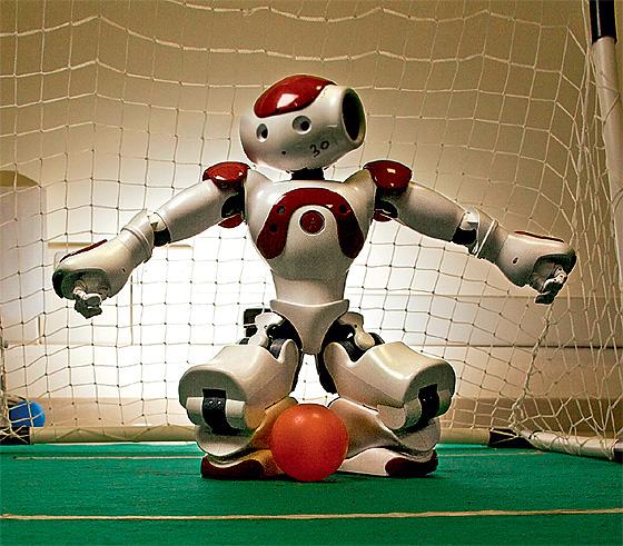 Фото №7 - 5 причин, по которым роботы не могут заменить человека
