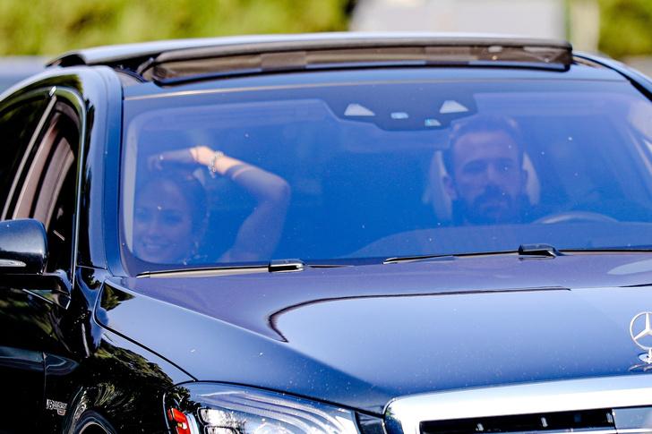 Фото №2 - Джей Ло и Бен Аффлек наслаждаются каждой минутой вместе— даже в лос-анджелесских пробках. Будем как они!