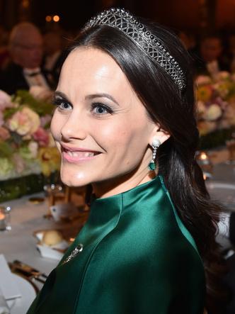 Фото №11 - Принцесса из сказки: самые эффектные выходы Софии Шведской в тиарах