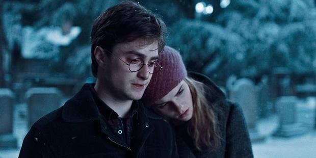 Фото №8 - «Гарри Поттер»: 9 сцен, которые доказывают, что Гарри и Гермиона соулмейты