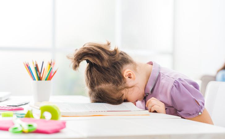 Фото №1 - Заставить делать уроки: 5 типов отношения детей к домашней работе