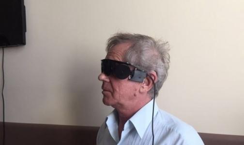 Фото №1 - Российские врачи впервые установили пациенту бионический глаз