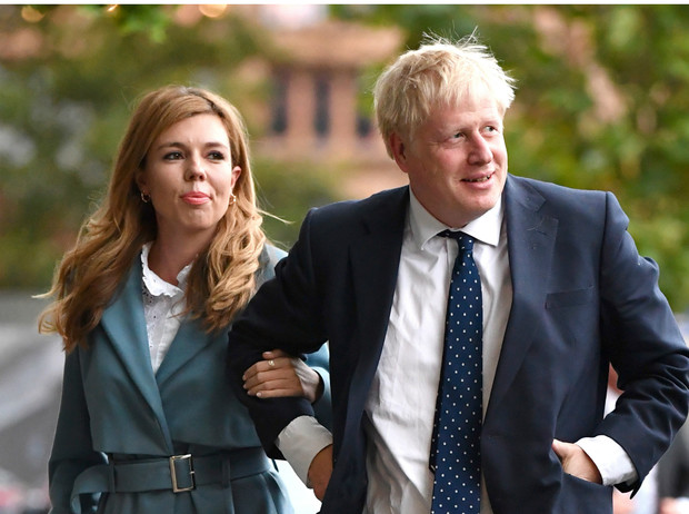Фото №1 - Премьер-министр Великобритании Борис Джонсон тайно женился