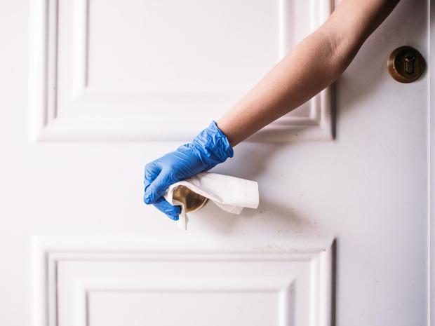 Фото №2 - 7 советов, как быстро восстановить ногти и кожу рук после зимы
