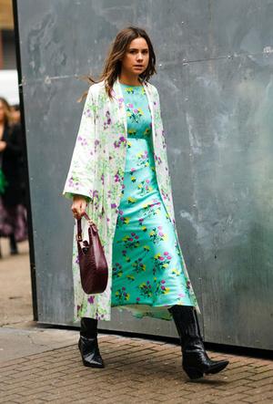 Фото №12 - Как носить цветочный принт: 6 модных идей на каждый день