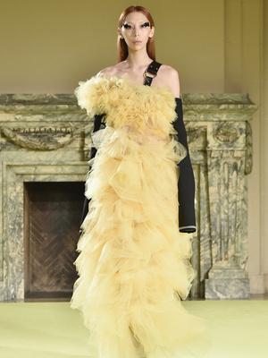 Фото №11 - Страшная сила: 10 моделей с провокационной внешностью, покоривших мир моды