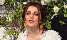 Сати Казанова показала недорогое свадебное платье