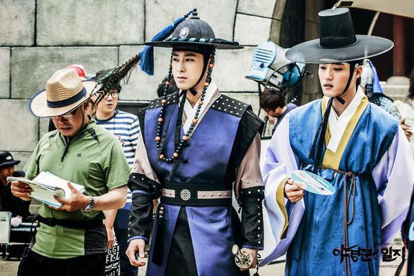 Фото №3 - Роковая Со Е Чжи: корейские нетизены обсуждают, как актриса тиранит своих бойфрендов 😨