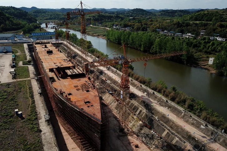 Фото №1 - В Китае завершается строительство копии «Титаника»