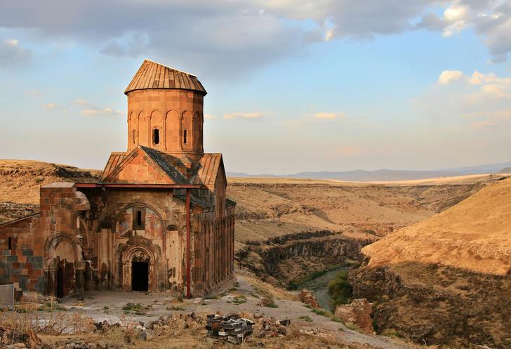 Фото №2 - В список ЮНЕСКО добавлены девять желанных для путешественников мест
