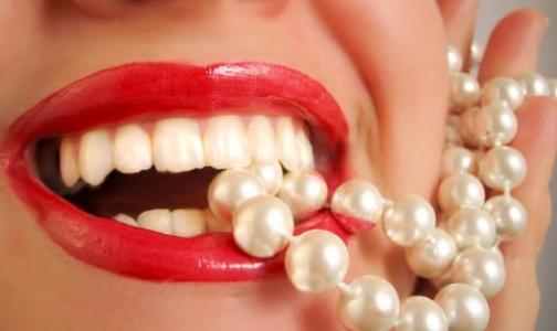 Фото №1 - Легко ли навести глянец на зубы