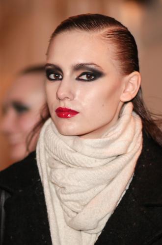 Фото №7 - Больше цвета от YSL: beauty-руководство по карандашам для глаз