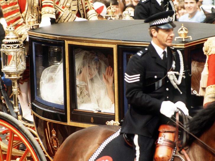 Фото №2 - Неизвестная история свадебной фаты принцессы Дианы