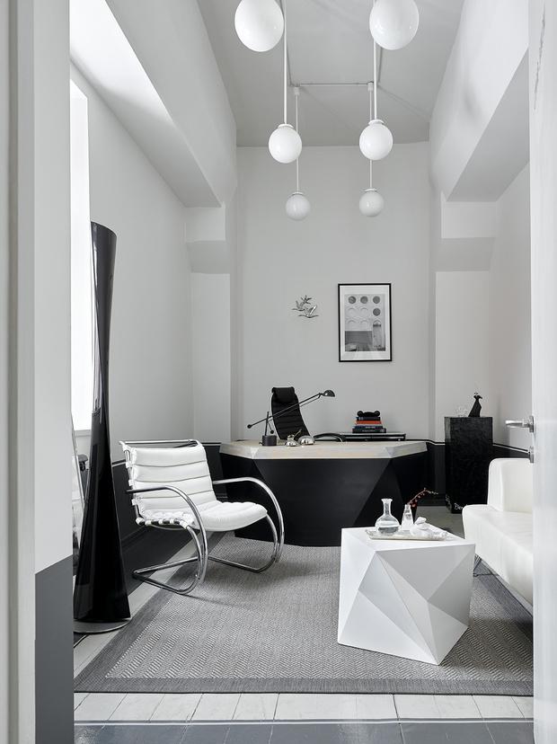 Фото №6 - Черно-белый офис с видом на Москву-реку