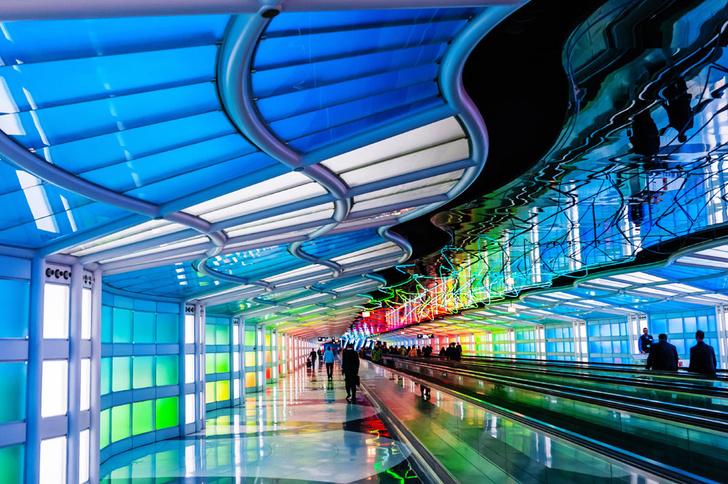 Фото №3 - Полет фантазии: 10 удивительных аэропортов мира