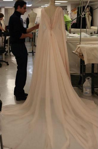 Фото №3 - Еще один секрет второго свадебного платья принцессы Евгении