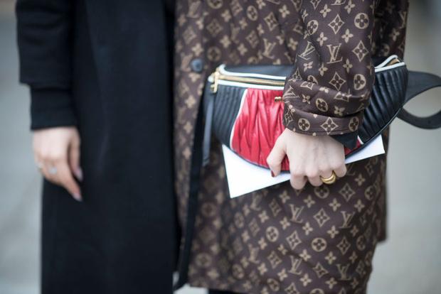 Фото №5 - Логомания: Хочешь быть модной? Оденься, как FACE
