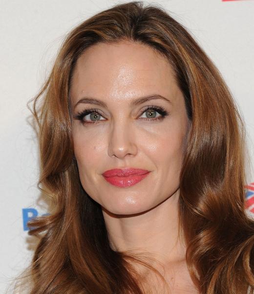 Фото №8 - Все ее трещинки: как на самом деле выглядит вблизи Анджелина Джоли