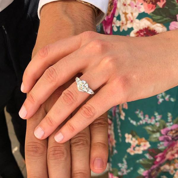 Фото №2 - Что известно о помолвочном кольце принцессы Беатрис