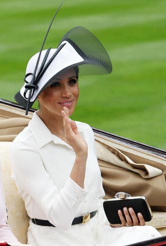 Фото №3 - Экс-помощник Королевы ─ герцогине Меган: «Не пытайтесь умничать»