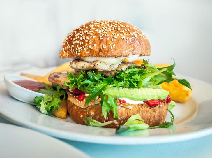 Фото №1 - Почему бургер иногда лучше авокадо
