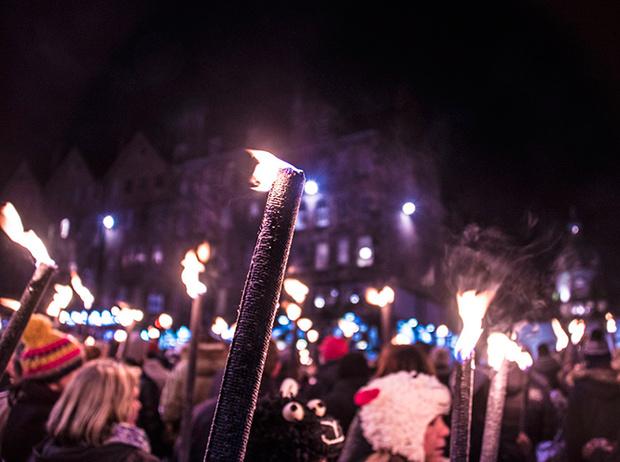 Фото №8 - Волшебные флаконы: чем пахнет Новый год в разных странах