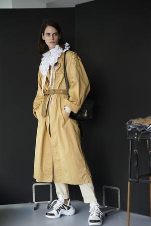 Фото №16 - В полном объеме: как носить вещи oversize