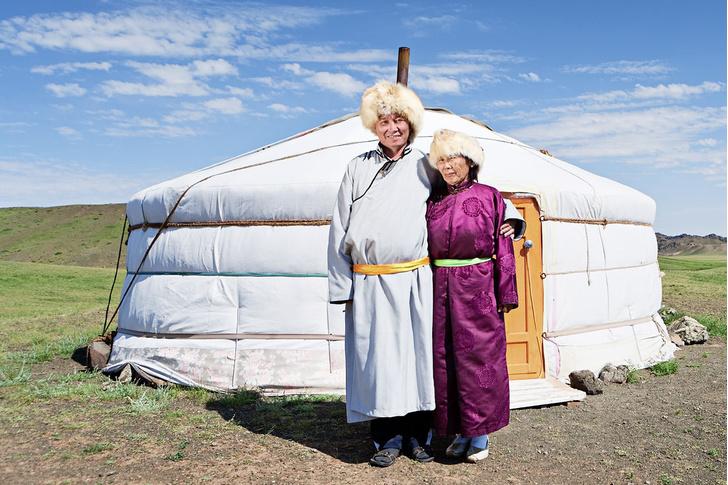 Фото №1 - Молочные братья: 11 удивительных фактов о монголах