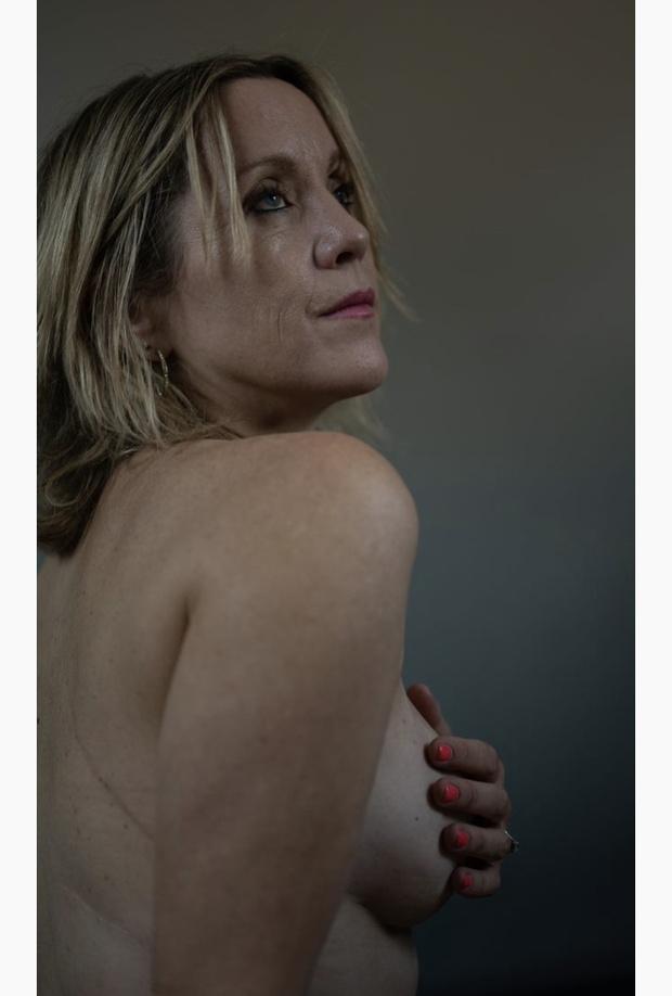 Фото №9 - #Elleгрудь: новый кампейн Stella McCartney с женщинами, пережившими рак