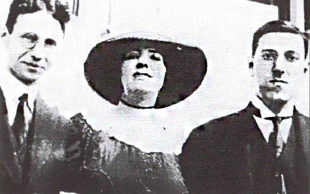 Р. Кляйнер, Соня Грин и Г. Ф. Лавкрафт. 1921 г.