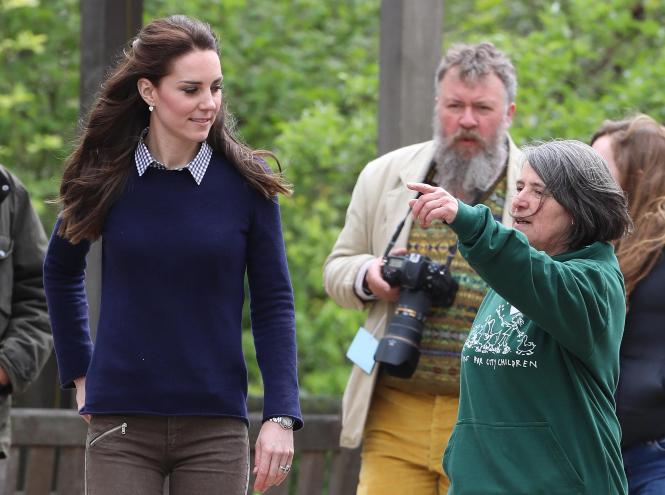 Фото №11 - Принцесса масс-маркета: как герцогиня Кейт носит одежду бюджетных брендов